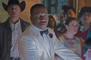 "Leslie Odom Jr. Stars in CBS All Access Series ""One Dollar"""
